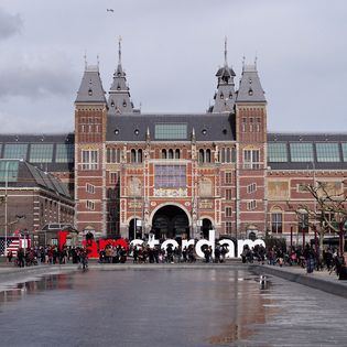 Amsterdamse app houdt toerist weg bij trekpleisters