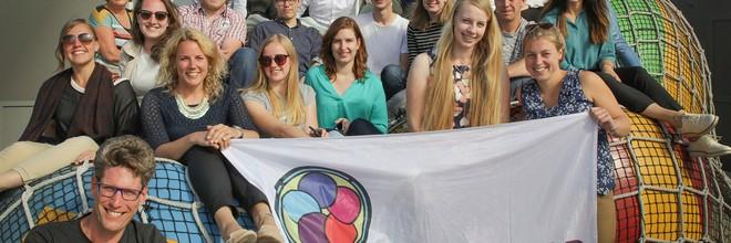 23 studenten en jongprofessionals presenteerden tijdens het slotevent van de Summerschool 'Omgevingswet-Testrit' vijf omgevingsvisies voor Wijk aan Zee.