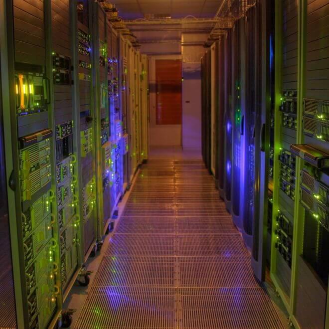 In de slimme stad worden de eindeloze hoeveelheden data gecombineerd tot bruikbare informatie. Maar hoe zit het met privacy?