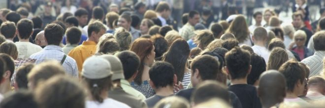 Volgens de nieuwe prognose van het CBS zal de Nederlandse bevolking de komende decennia blijven groeien, tot ruim 18,4 miljoen inwoners in 2060.