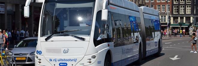 Groningen, Zuid-Holland en Brabant en vervoersautoriteit MRDH hebben een intentieverklaring getekend voor het uitbreiden van het aantal waterstofbussen