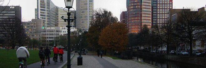 Doodlopen, wringen en gebrek aan oriëntatie. Dat zijn de drie belangrijkste knelpunten van de stadsentree van Den Haag, stelt Maria Hogendijk-de Vries.