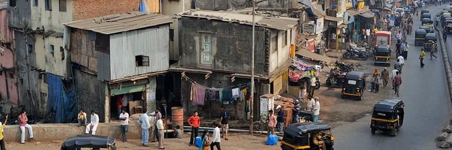 Dharavi is een toonbeeld van een stad waar veel beleidsmakers van dromen, met een mix van functies, die zich volgens 20e eeuwse mores slecht tot elkaar verh