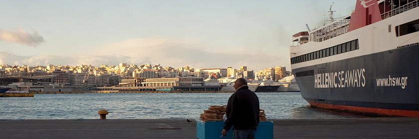 Rotterdamse draagt niet bovengemiddeld bij aan de economie. Bovendien ondervindt Rotterdam veel concurrentie van de door China opgekochte haven van Piraeus.