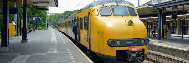 Knalgele spoorwegovergangen blijken effectieve nudge