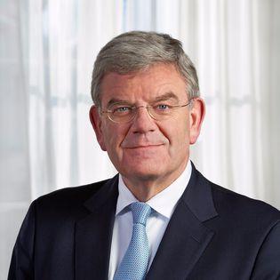 De vier grote steden hebben het kabinet gevraagd om 35 miljard euro in de Randstad te investeren. De gelden zouden... 5 vragen aan Jan van Zanen