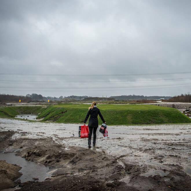 Gemeenten rapporteren dat ze in 2015 tot en met het vierde kwartaal 28 procent meer bouwgrond hebben verkocht, meldt de TU Delft.