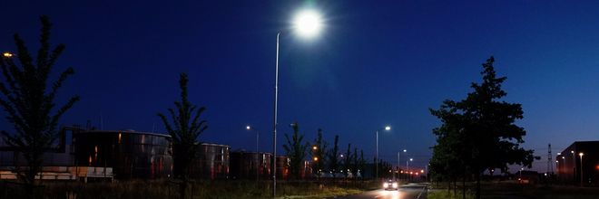 Duurzame lantaarnpaal reageert op verkeer