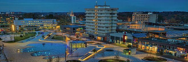 Is Raadhuisplein Emmen de beste openbare ruimte van Nederland? Het nieuwe plein voor dierenpark Wildlands ontving al meerdere belangrijke onderscheidingen.