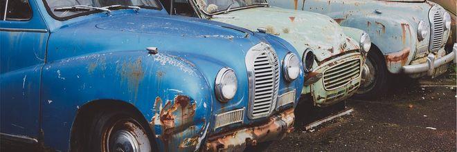 Koop een parkeerrecht, alleen als je écht je auto voor de deur wilt hebben. Hoogleraar Erik Verhoef komt met het idee van de halve parkeerplaats