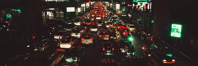 Taxi-app Uber gaat informatie openbaren over de verkeersdoorstroming in steden. Daarmee kunnen stadplanners hun voordeel doen om de ruimte goed te benutten.
